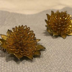 Vintage Gold Dandelion Clip-On Earrings